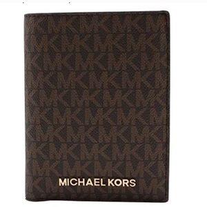 New Michael Kors Jet, Set Travel Passport Wallet